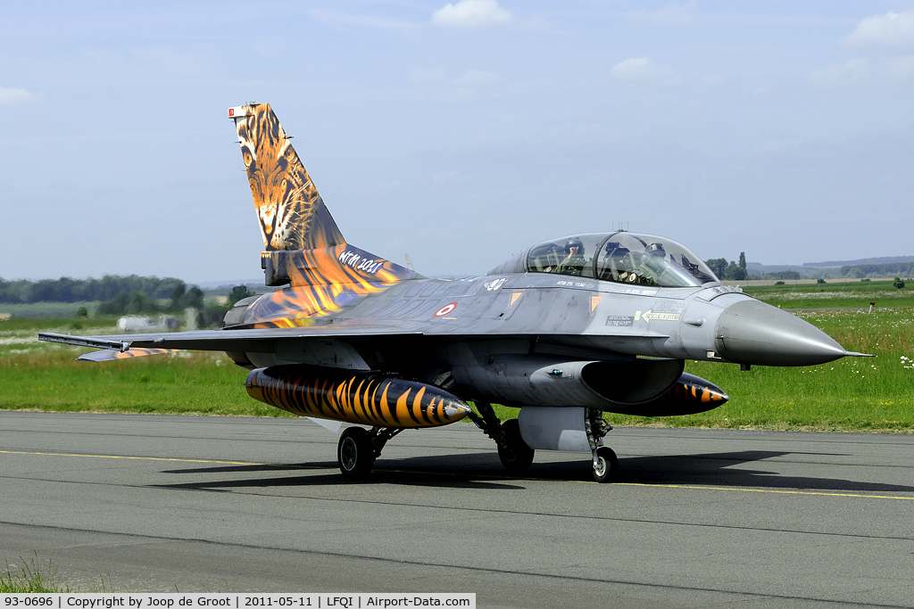 93-0696, TAI (Turkish Aerospace Industries) F-16D C/N HD-6, 2011 tiger meet colours