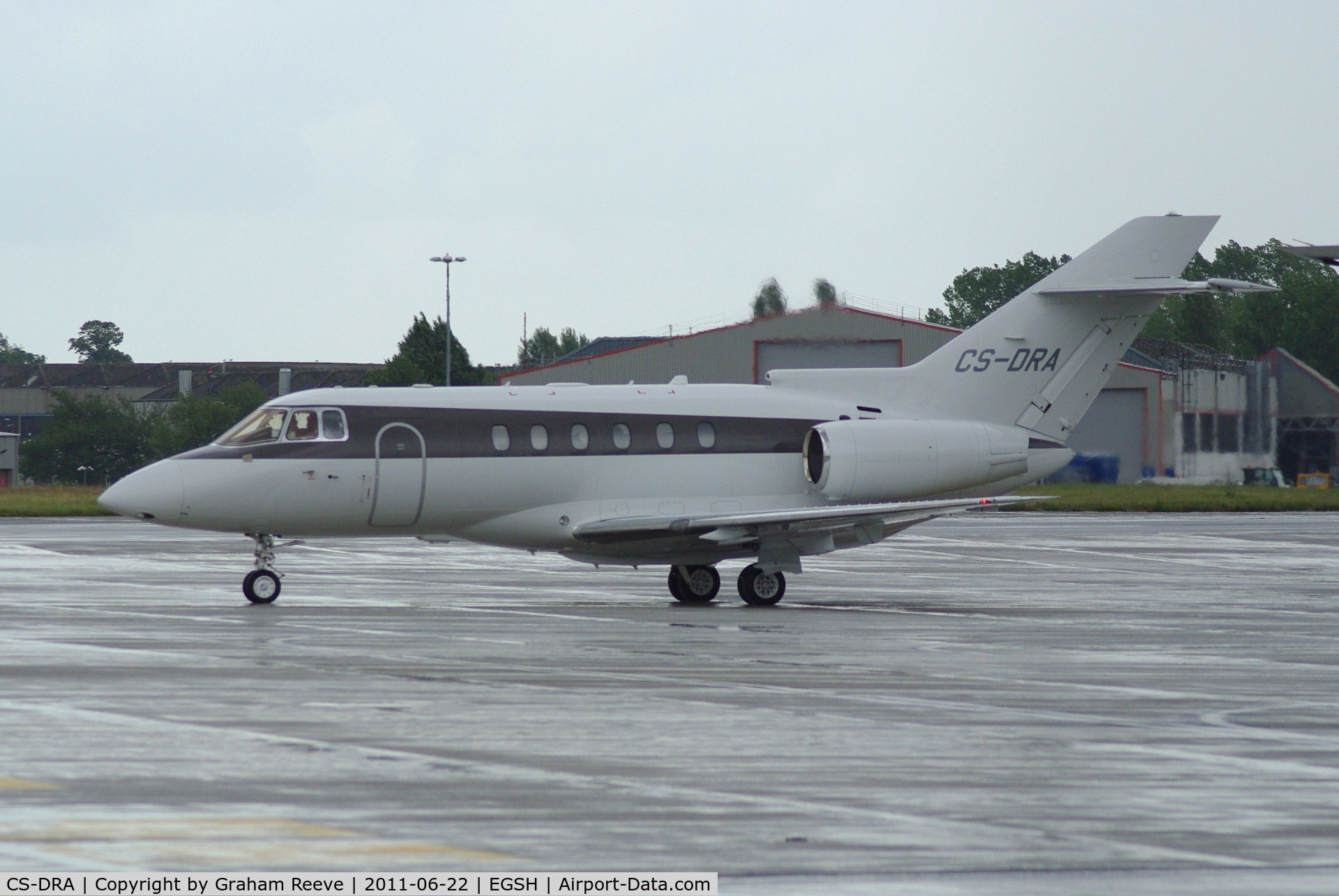 CS-DRA, 2004 Raytheon Hawker 800XP C/N 258686, A very wet afternoon.