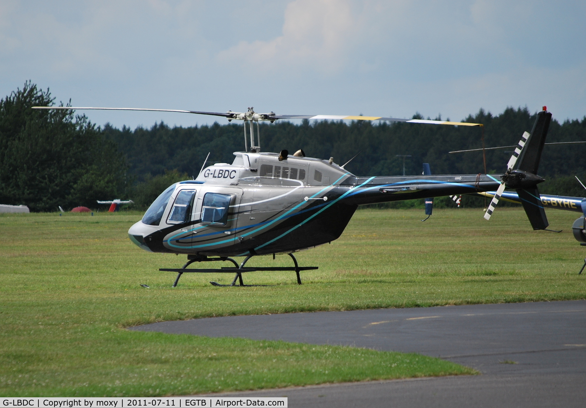 G-LBDC, 1984 Bell 206B JetRanger III C/N 3806, Bell 206B Jet Ranger III at Wycombe Air Park. Ex N206GF