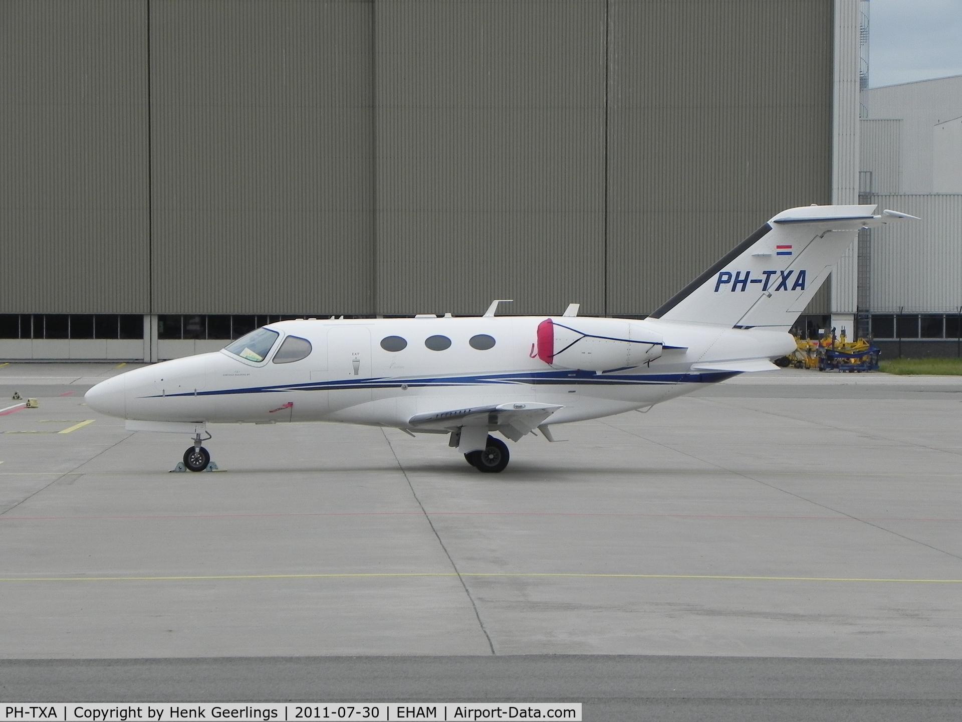 PH-TXA, 2008 Cessna 510 Citation Mustang Citation Mustang C/N 510-0111, Schiphol General Aviation