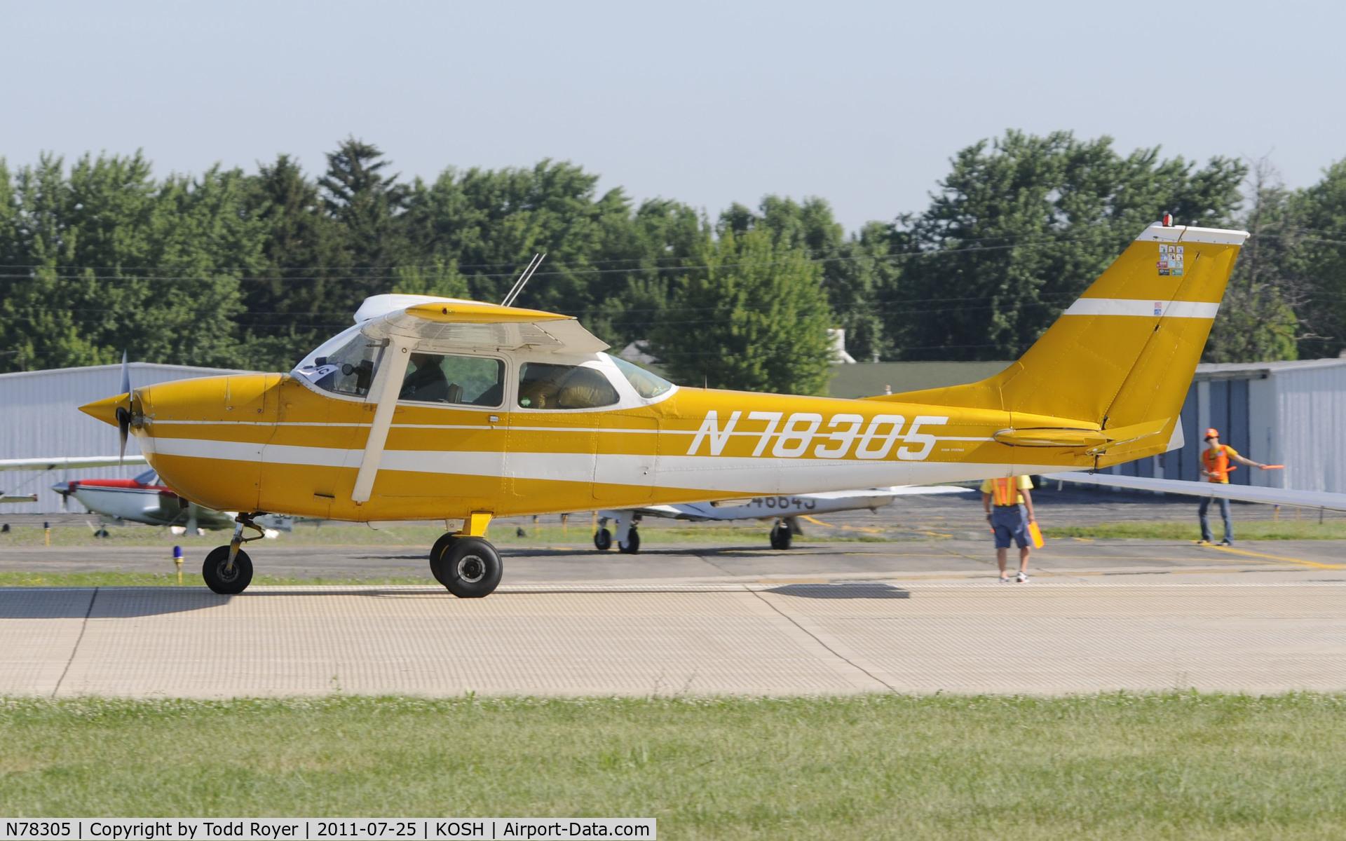 N78305, 1968 Cessna 172K Skyhawk C/N 17257562, AIRVENTURE 2011