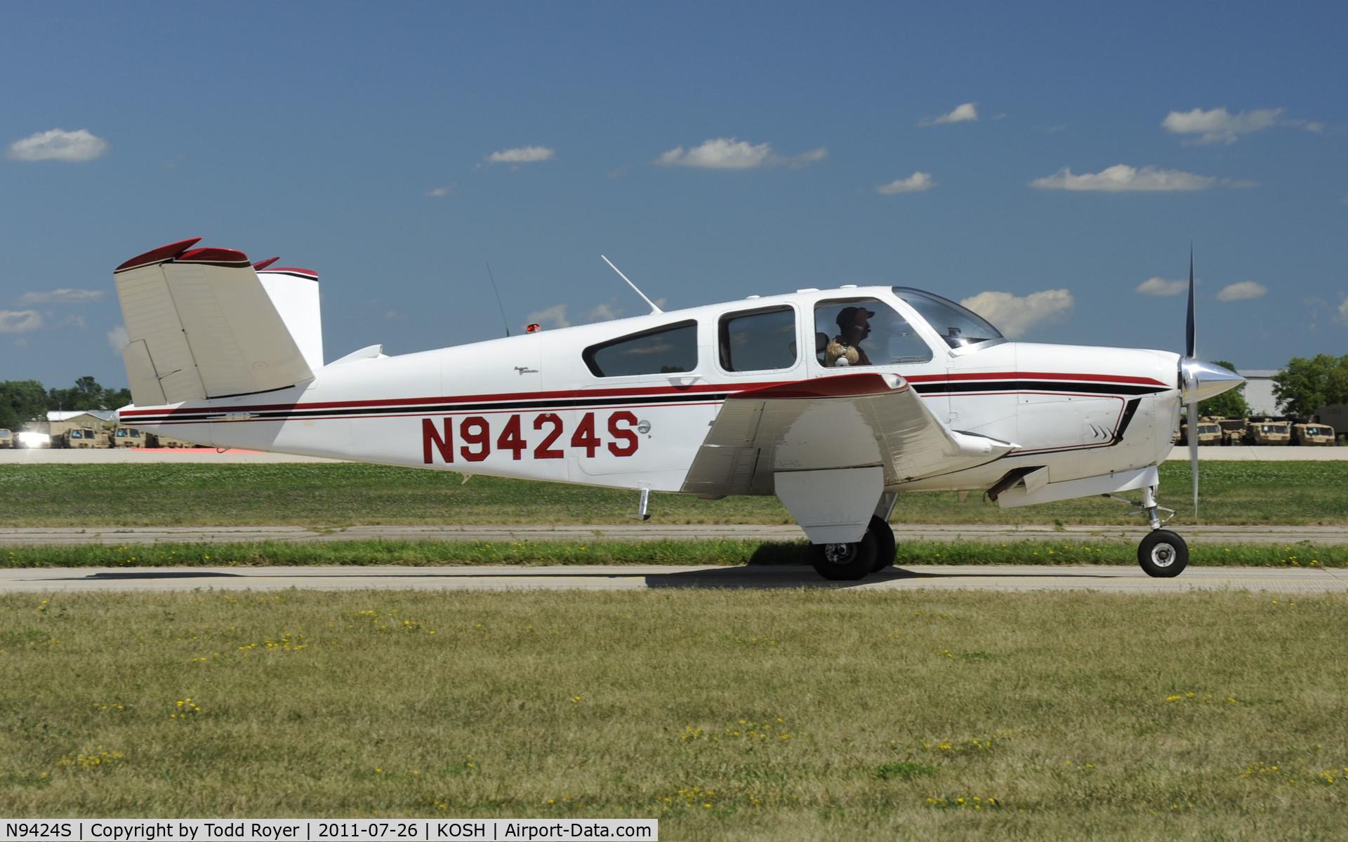 N9424S, 1965 Beech V35 Bonanza C/N D-8022, AIRVENTURE 2011