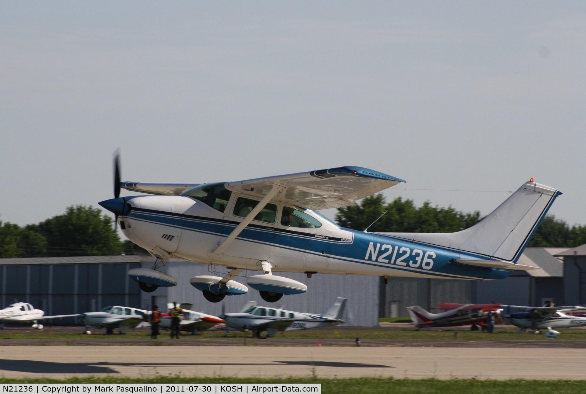 N21236, 1972 Cessna 182P Skylane C/N 18261506, Cessna 182P