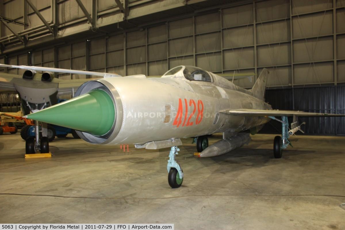 5063, Mikoyan-Gurevich MiG-21F-13 C/N 560301, Mig-21