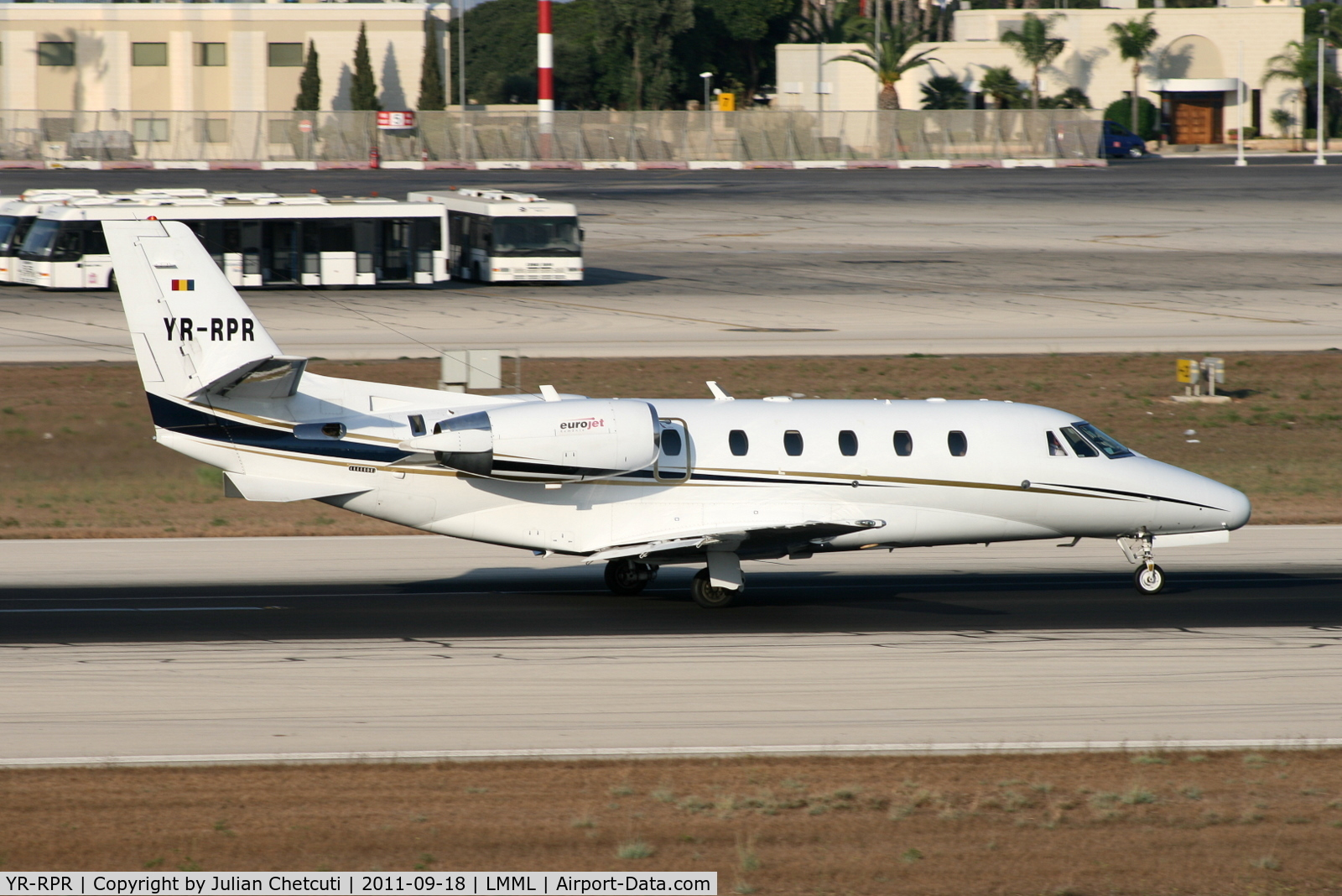YR-RPR, Cessna 560XL Citation XLS C/N 560-5337, Taxiing to Runway 31