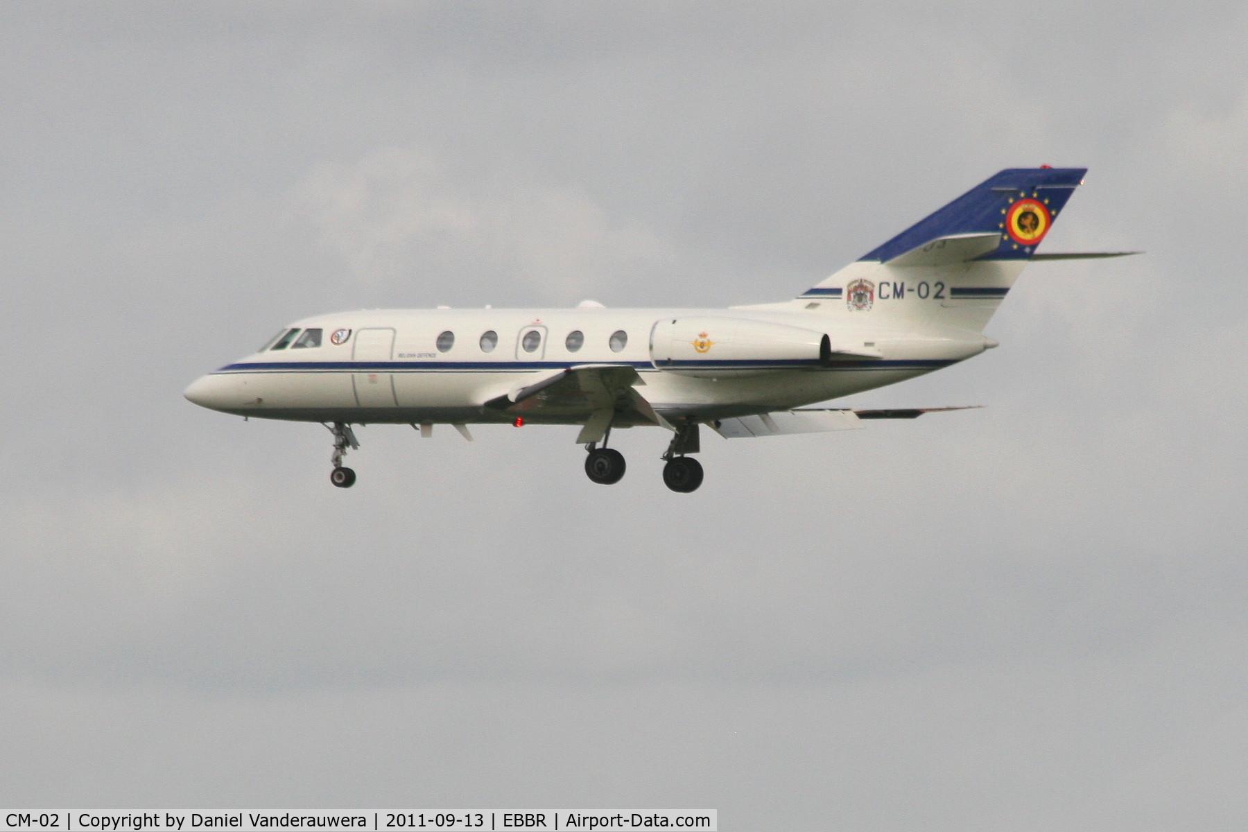 CM-02, Dassault Falcon (Mystere) 20E C/N 278, Descending to RWY 25L