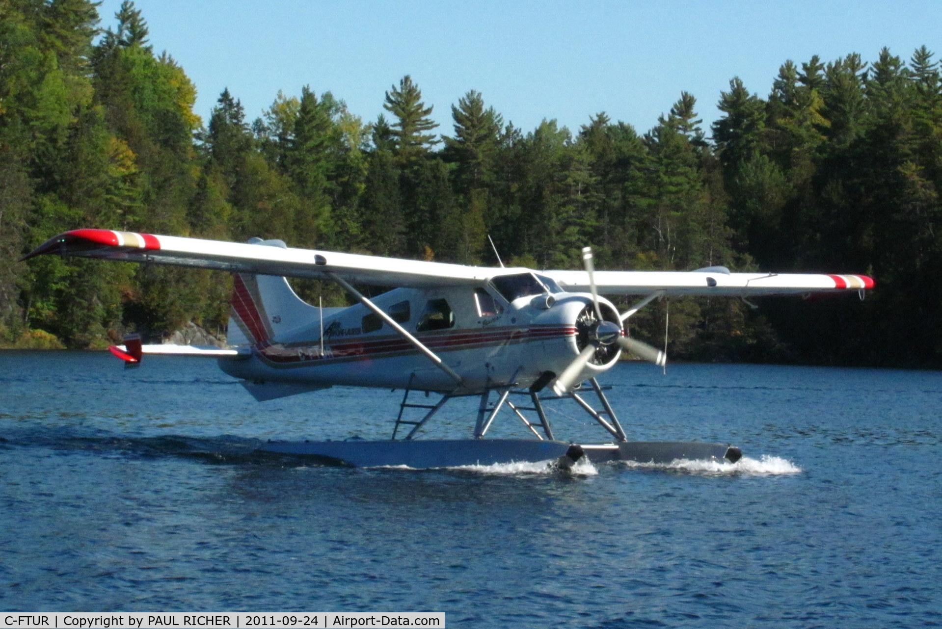 C-FTUR, 1963 De Havilland Canada DHC-2 MK. I C/N 1529, Air Mont-Laurier flight on Lac Mitchell, QC