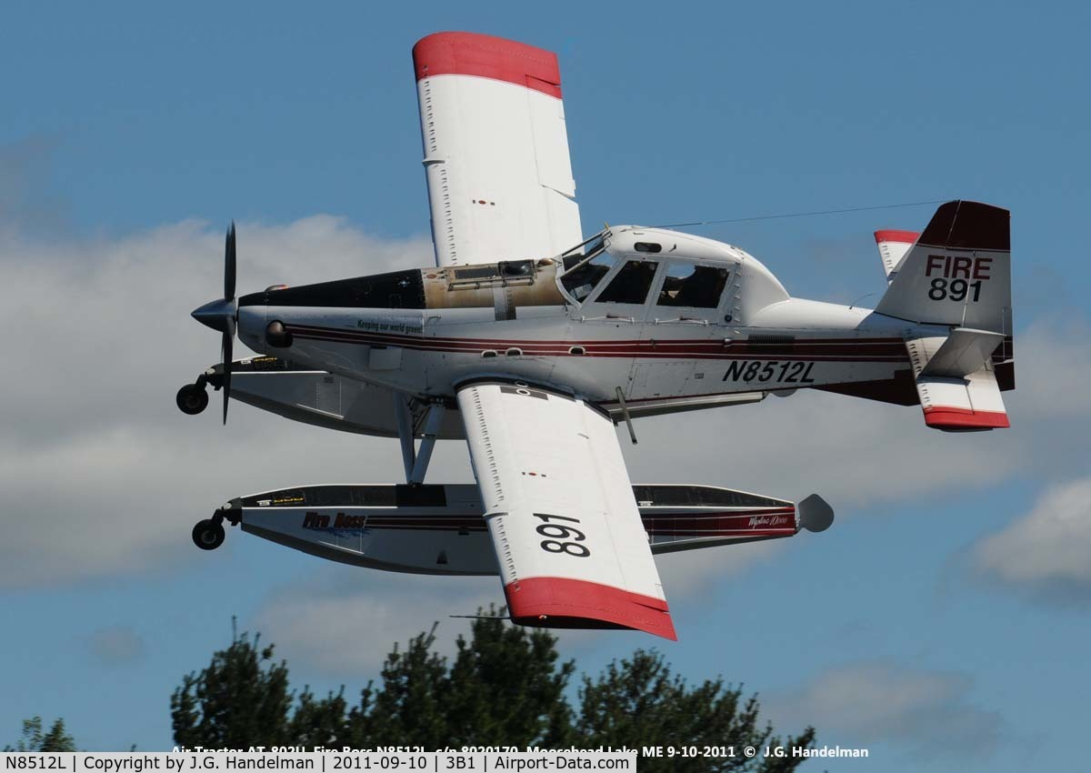 N8512L, 2004 Air Tractor Inc AT-802 C/N 8020170, Banking over Moosehead Lake ME