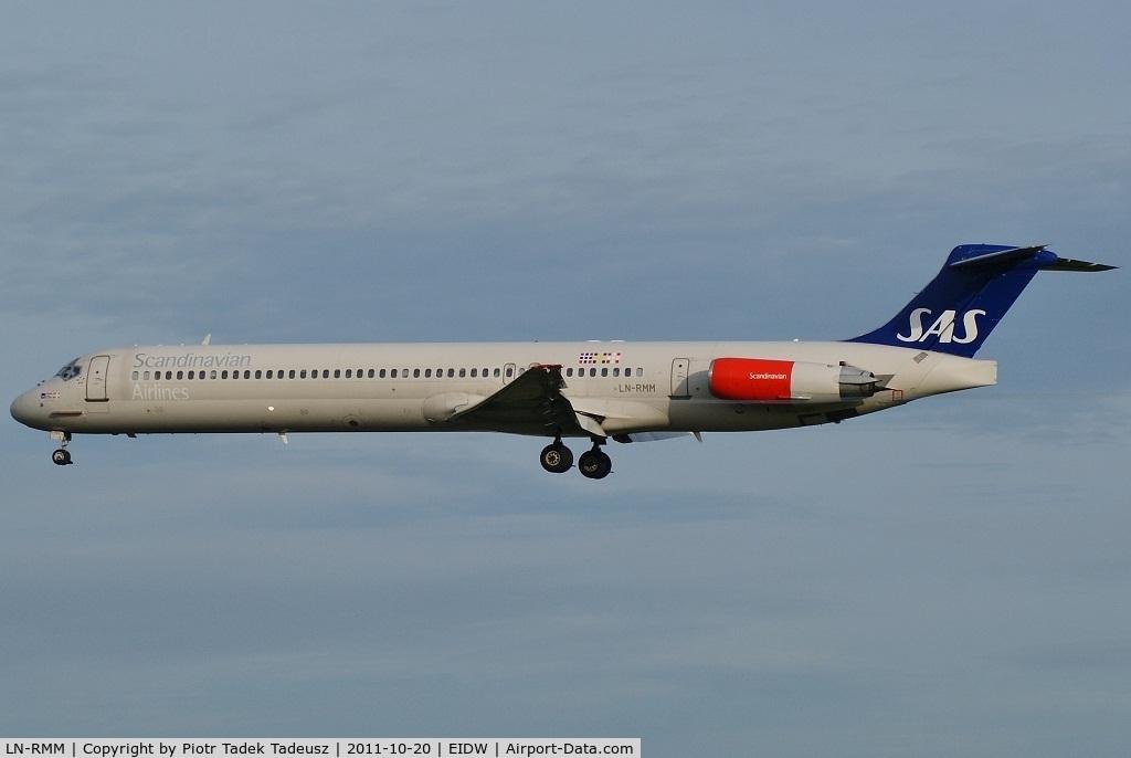LN-RMM, 1991 McDonnell Douglas MD-81 C/N 53005, Dublin