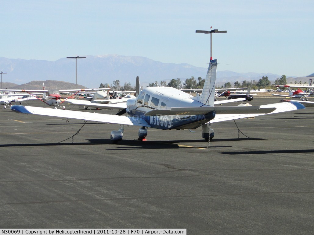 N30069, 1978 Piper PA-32-300 C/N 32-7840195, Parked and tied down