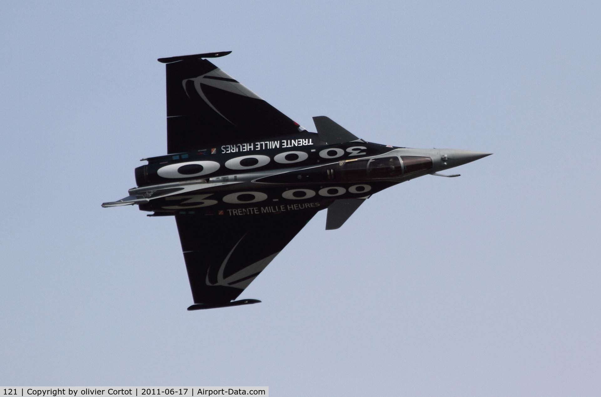 121, Dassault Rafale C C/N 121, 30 000 Hrs on Rafale special paint scheme
