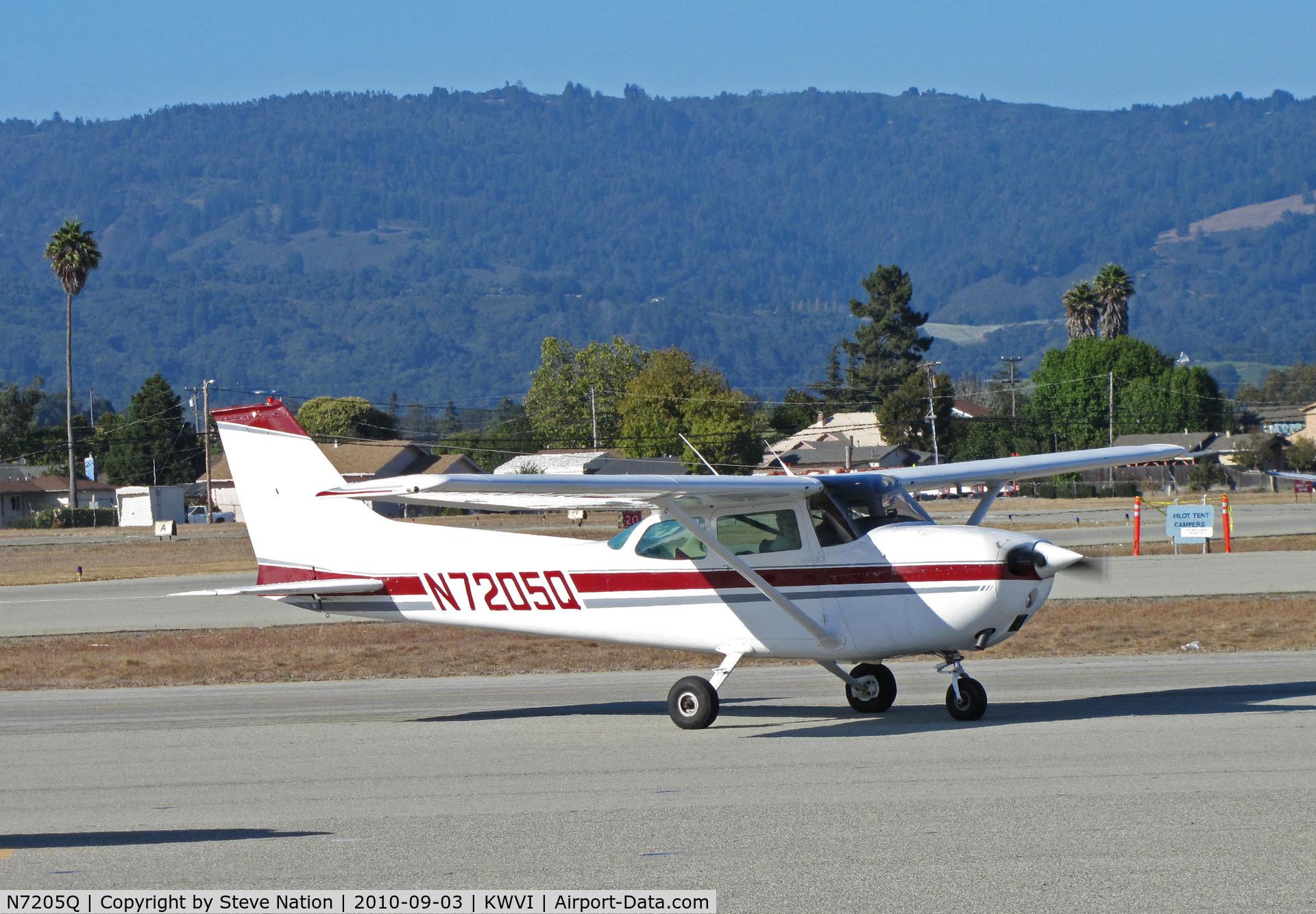 N7205Q, 1972 Cessna 172L Skyhawk C/N 17260505, 1972 Cessna 172L taxying @ Watsonville, CA Fly-In