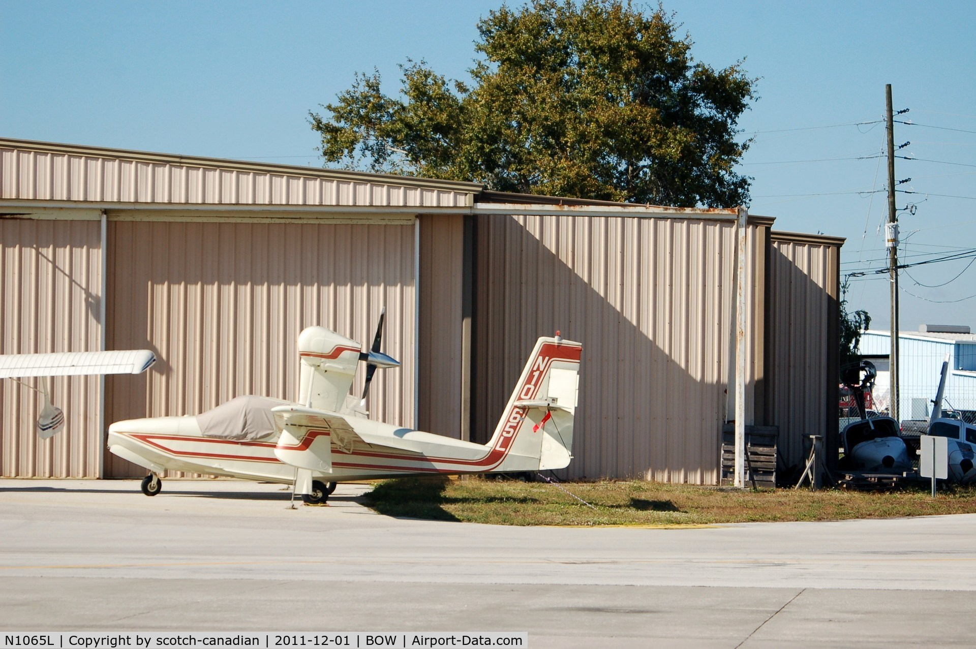 N1065L, 1975 Lake LA-4-200 Buccaneer C/N 658, 1975 Lake LA-4-200 N1065L at Bartow Municipal Airport, Bartow, FL