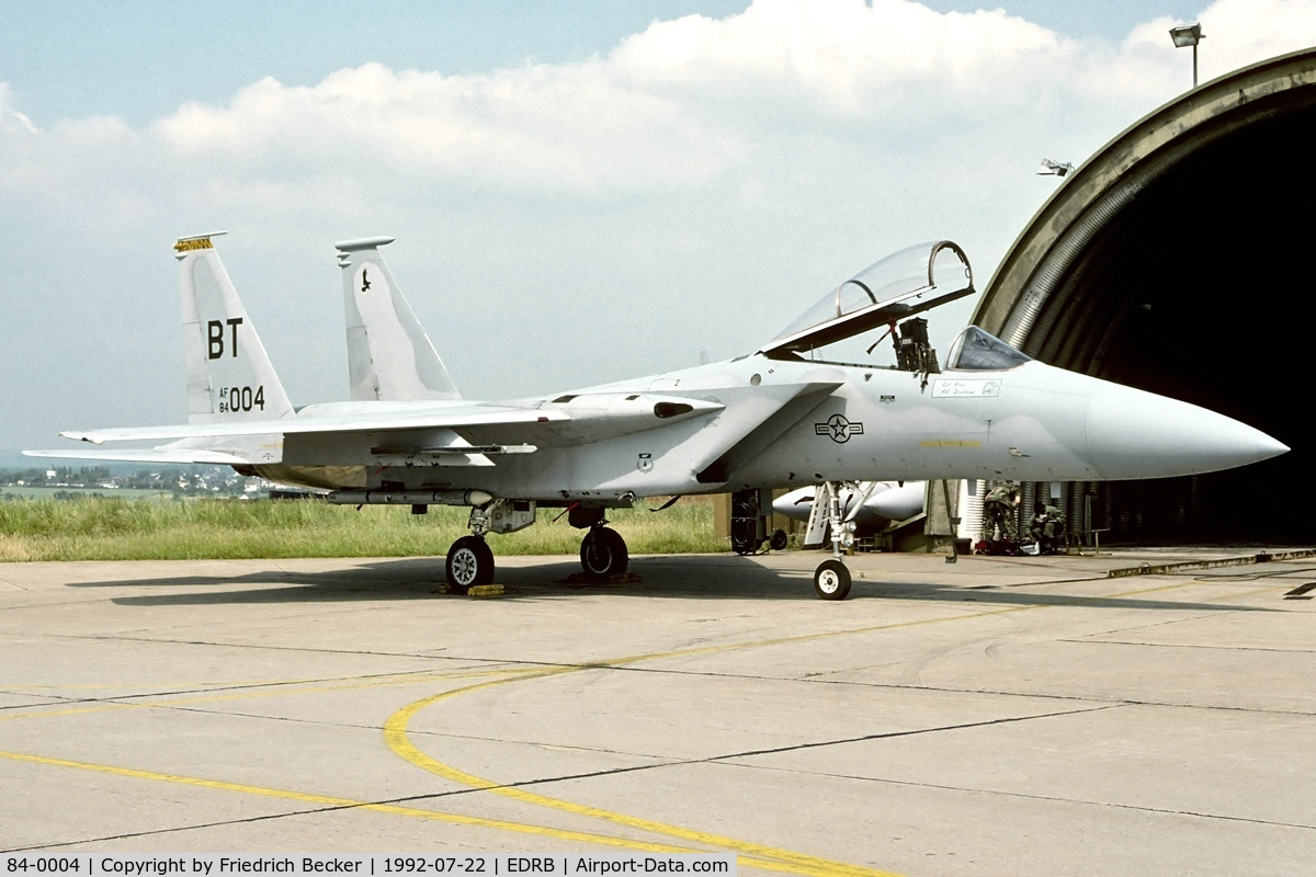 84-0004, McDonnell Douglas F-15C Eagle C/N 0912/C307, between the training missions