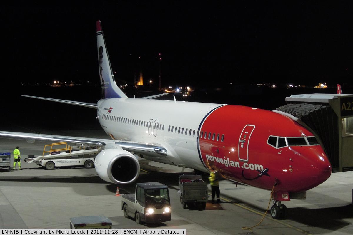 LN-NIB, 2011 Boeing 737-86J C/N 36879, In Oslo
