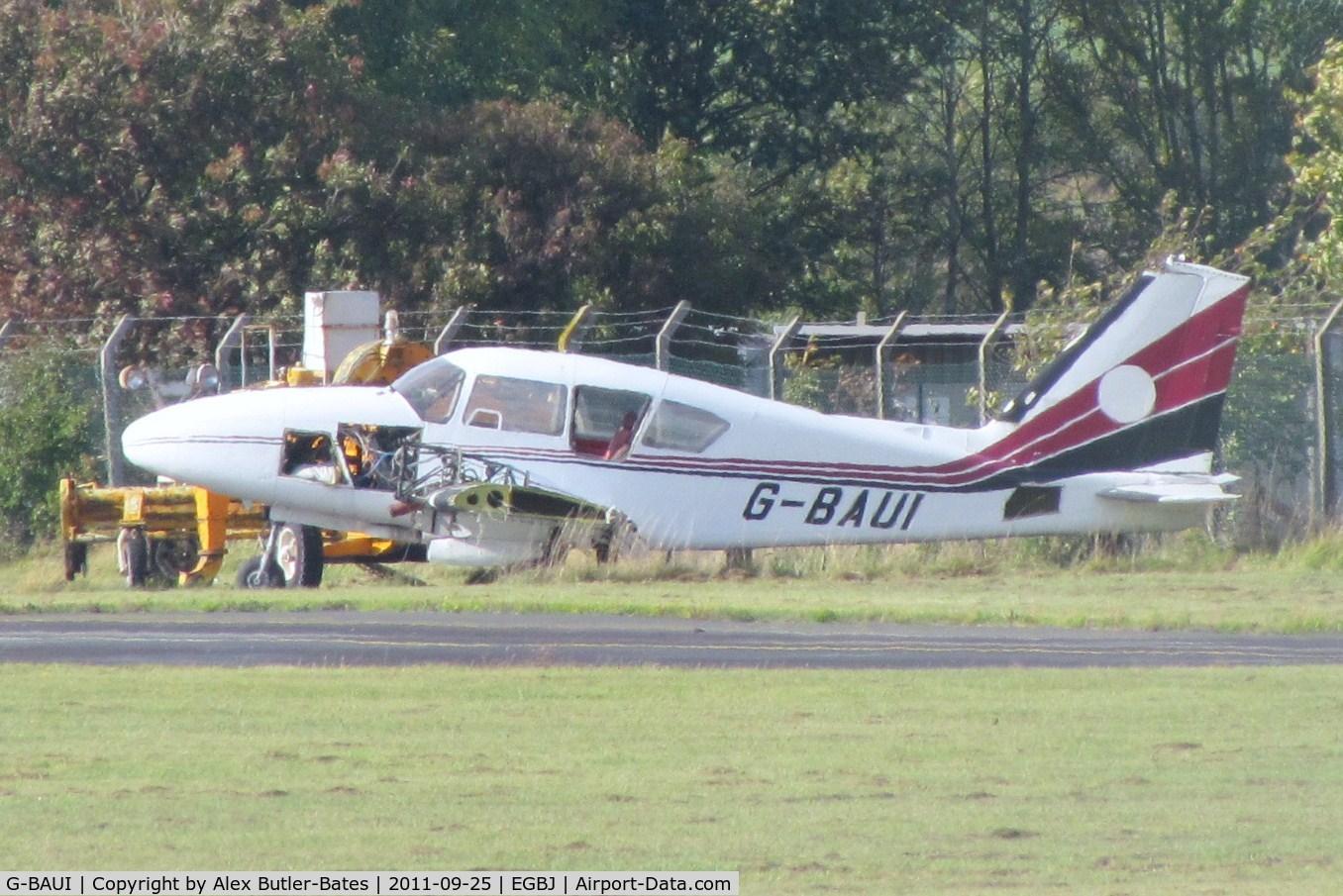 G-BAUI, 1969 Piper PA-23-250 Aztec C/N 27-4335,