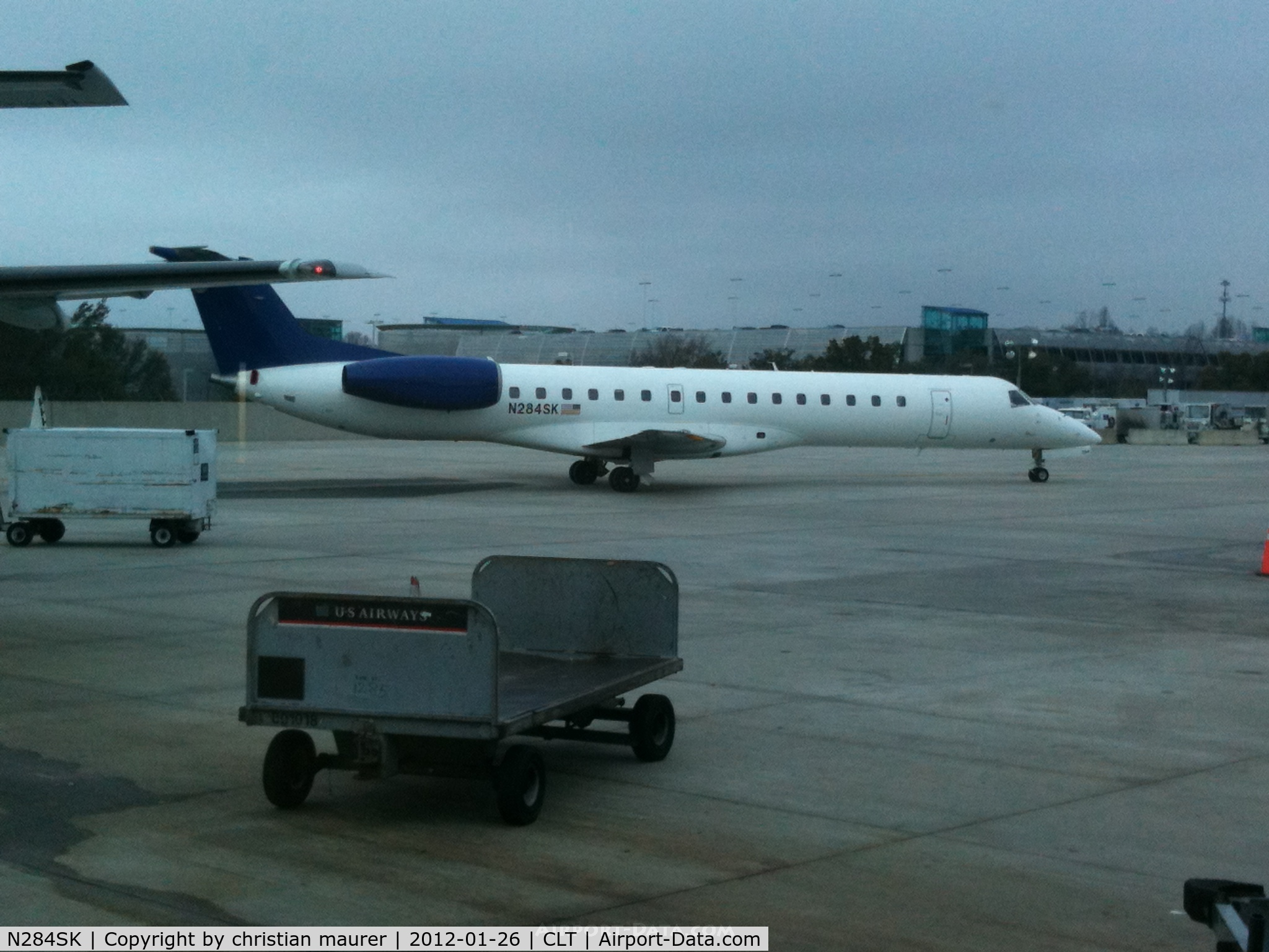 N284SK, 2001 Embraer EMB-145LR C/N 145427, Chautauqua ERJ-145LR