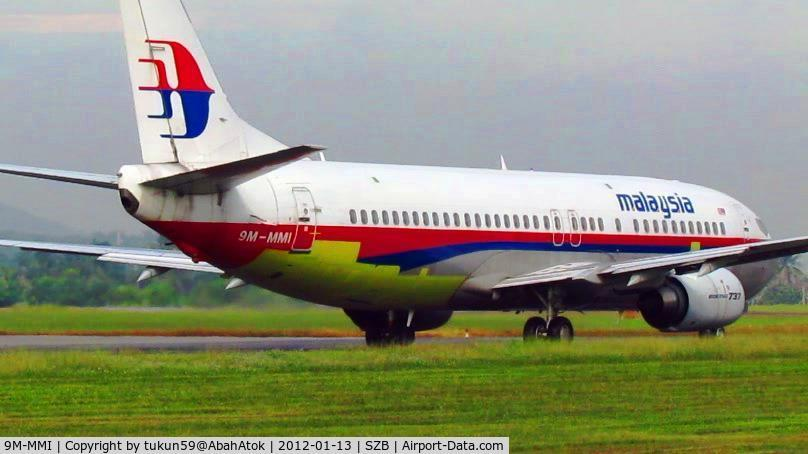9M-MMI, 1992 Boeing 737-4H6 C/N 27096, came out from hangar for test flight with body patching