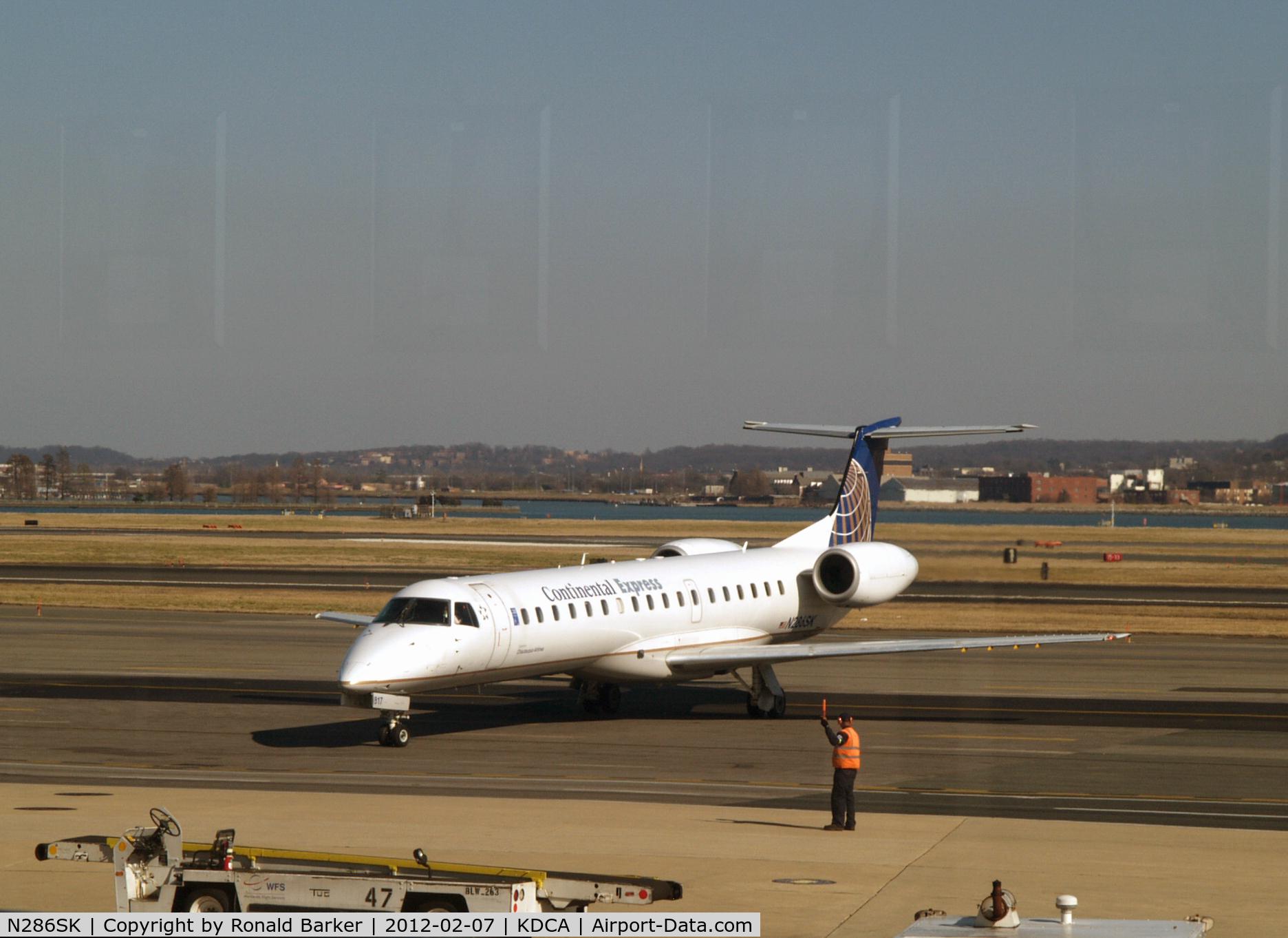 N286SK, 2001 Embraer EMB-145LR C/N 145443, DCA, VA