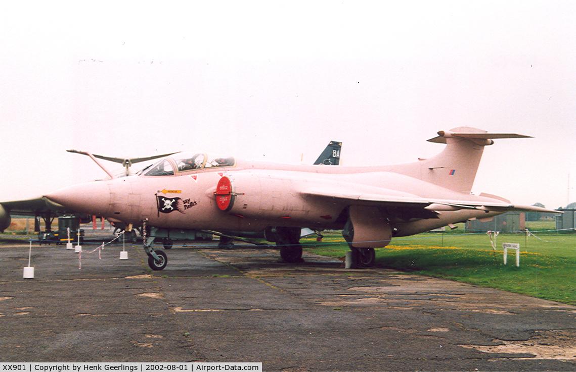 XX901, 1977 Hawker Siddeley Buccaneer S.2B C/N B3-06-75, Yorkshire Air Museum
