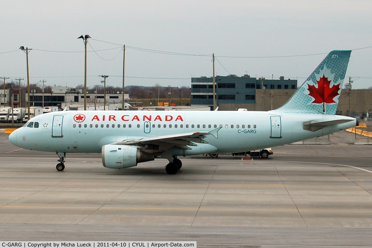 C-GARG, 1997 Airbus A319-114 C/N 742, At Montreal