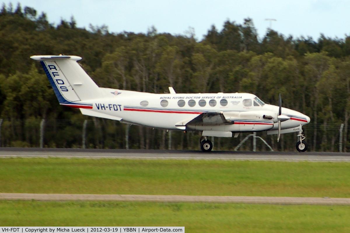 VH-FDT, 2007 Beech B200 Super King Air King Air C/N BB-1990, At Brisbane