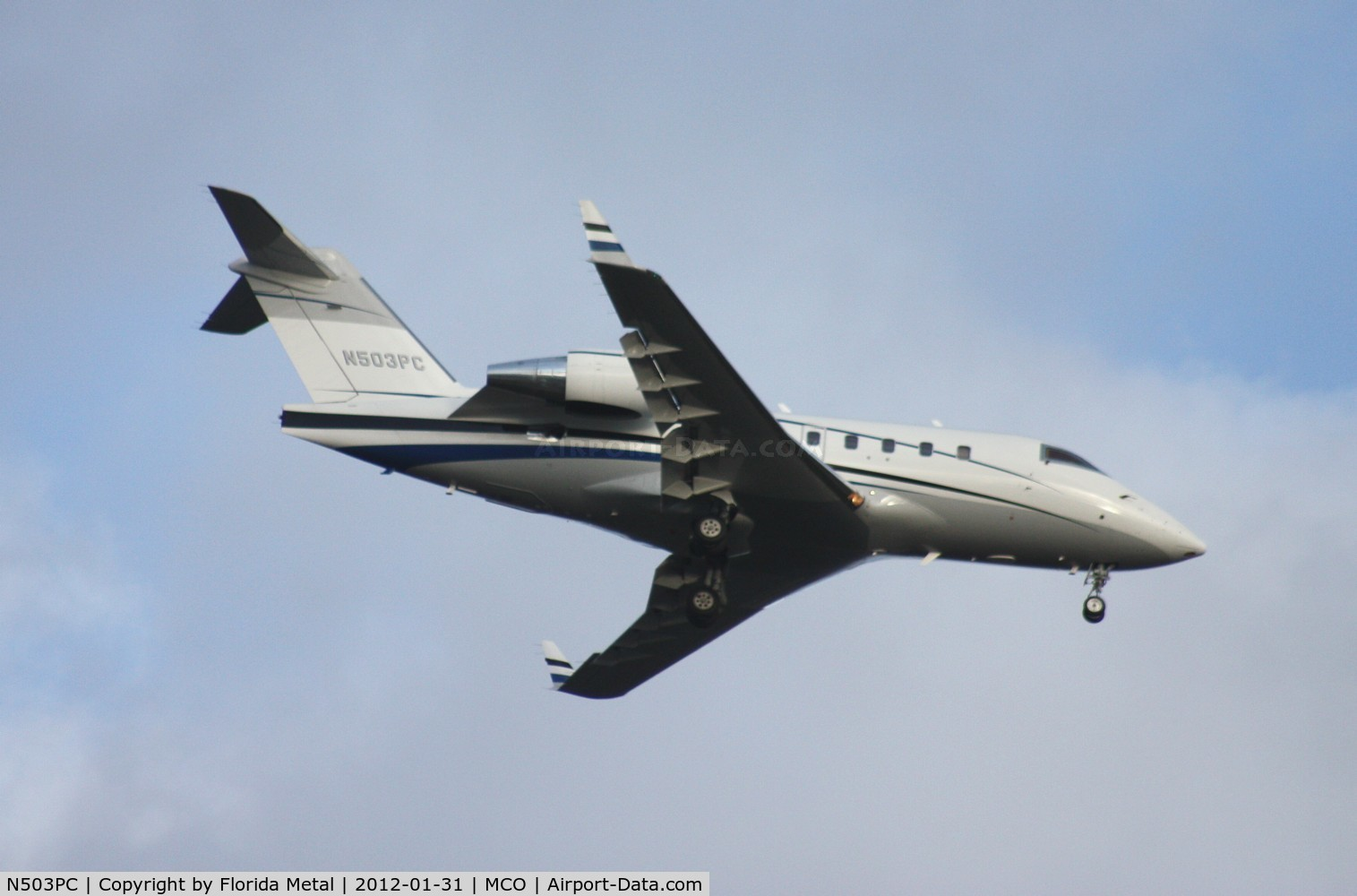 N503PC, 2001 Bombardier Challenger 604 (CL-600-2B16) C/N 5503, Challenger 601