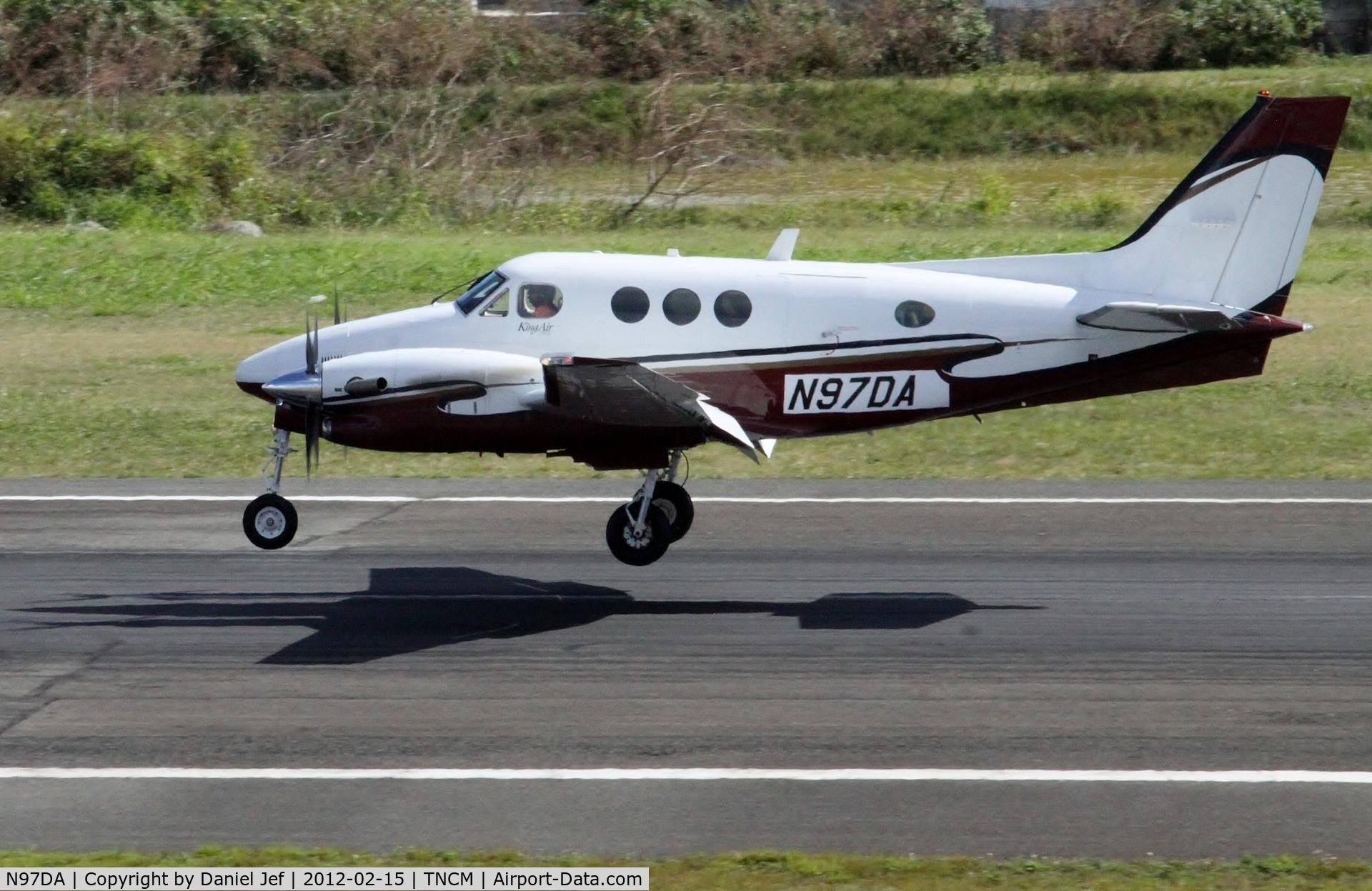 N97DA, Raytheon Aircraft Company C90A C/N LJ1755, N97DA