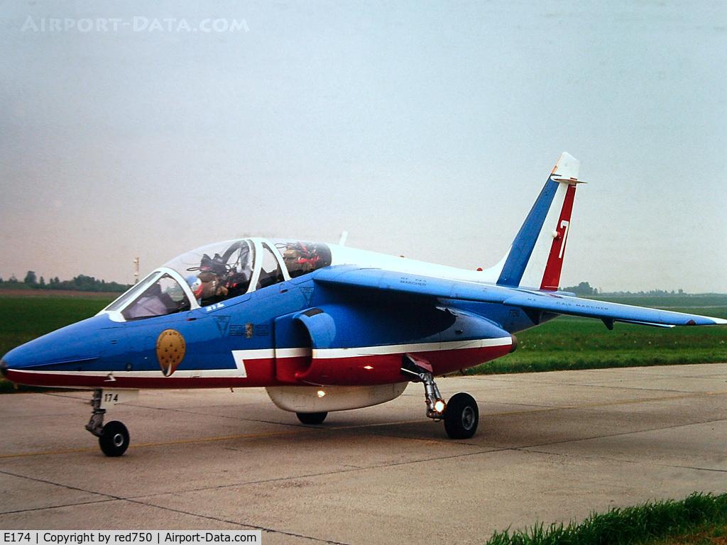 E174, Dassault-Dornier Alpha Jet E C/N E174, Photograph by Edwin van Opstal with permission. Scanned from a color slide. Patrouille de France No. 7