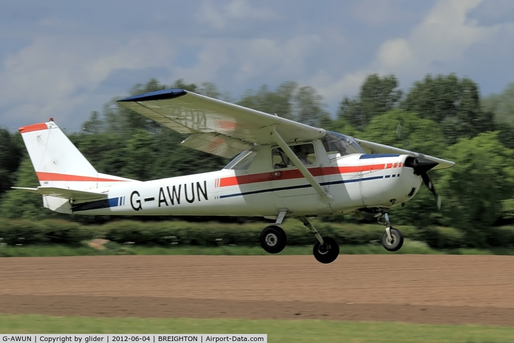 G-AWUN, 1968 Reims F150H C/N 0377, Is that reg what the owner thinks of his aircraft??!!!