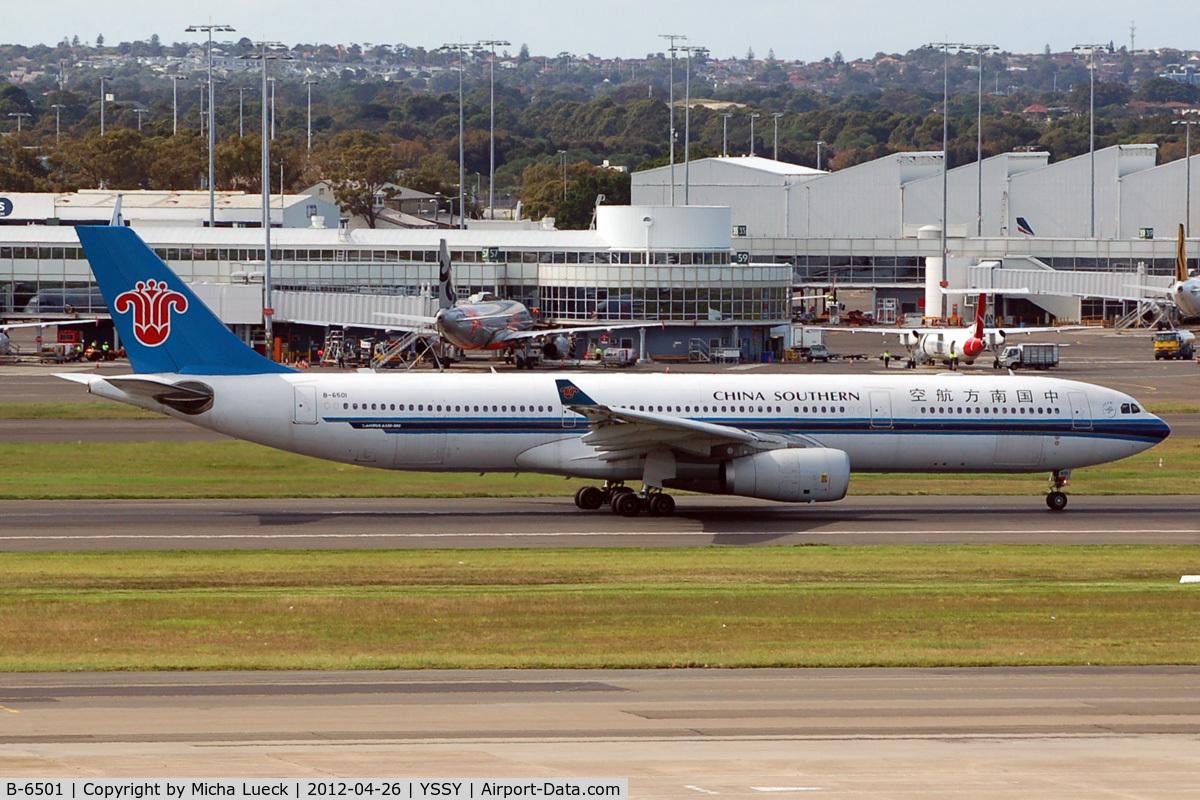 B-6501, 2008 Airbus A330-343 C/N 964, At Sydney
