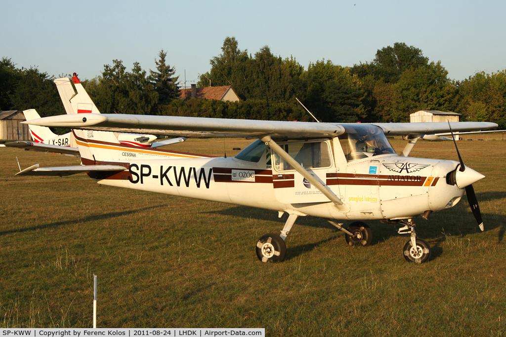 SP-KWW, 1981 Cessna 152 C/N 15285261, Dunakeszi