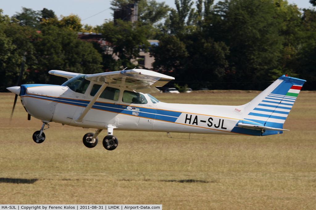 HA-SJL, 1975 Cessna 172M Skyhawk C/N 17265068, Dunakeszi