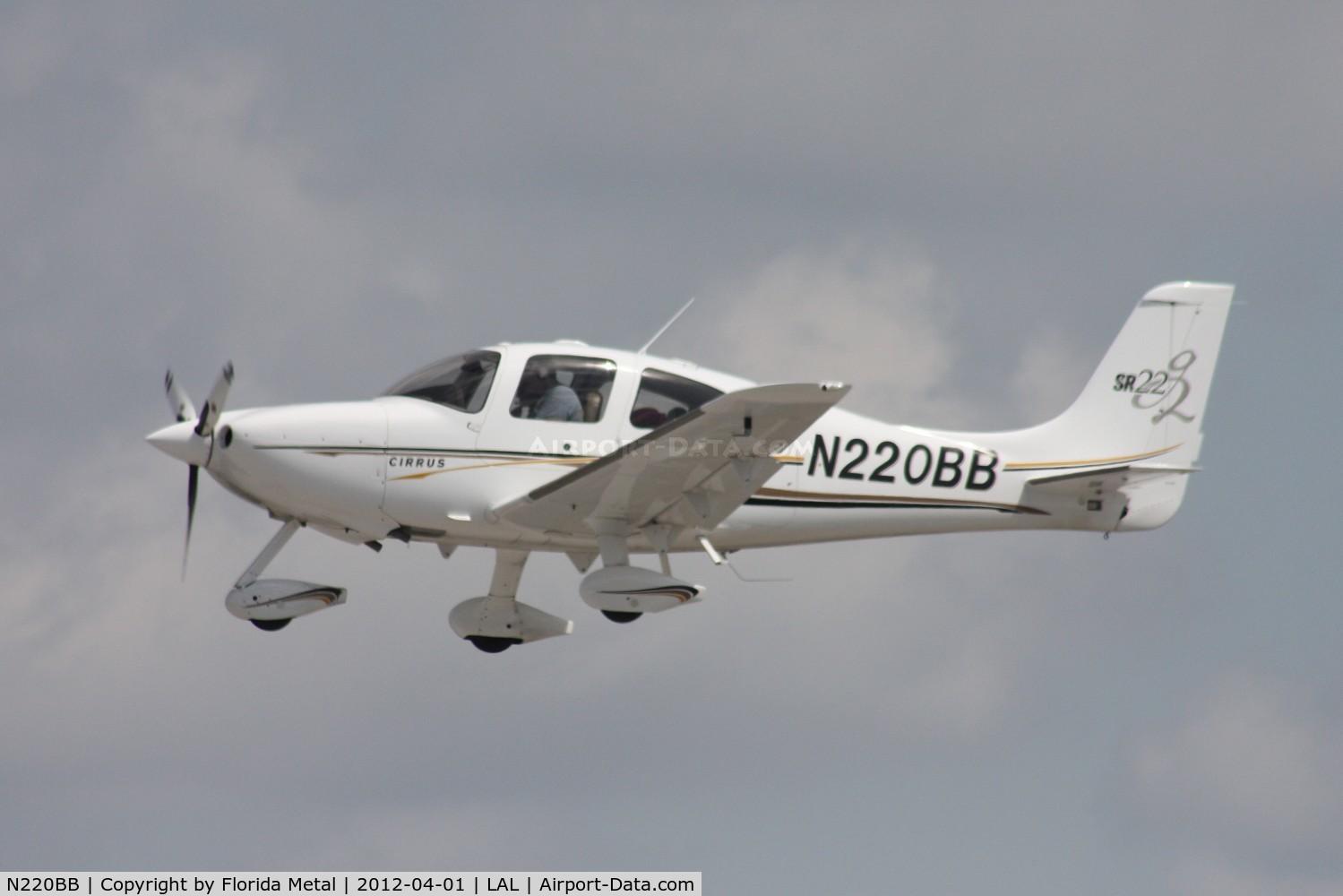 N220BB, 2004 Cirrus SR22 G2 C/N 1097, Cirrus SR22