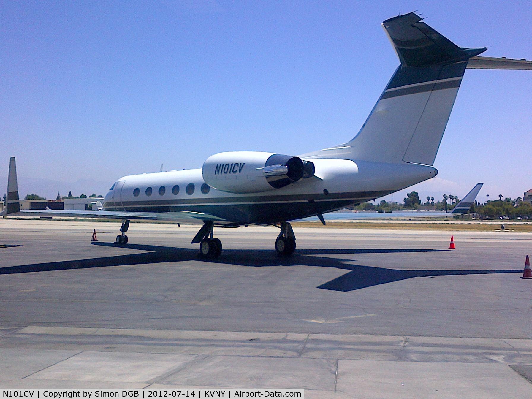 N101CV, 1993 Gulfstream Aerospace G-IV C/N 1230, Plane