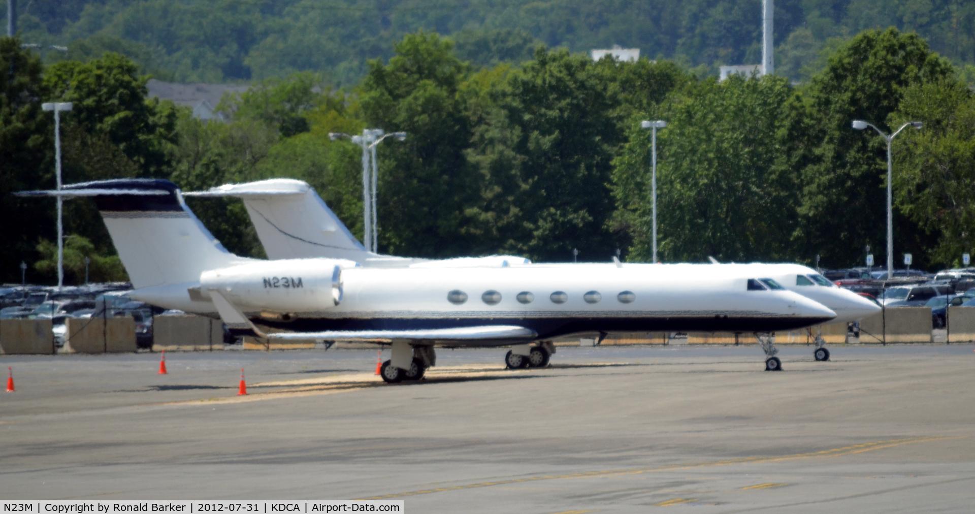 N23M, 1999 Gulfstream Aerospace G-V C/N 579, DCA VA