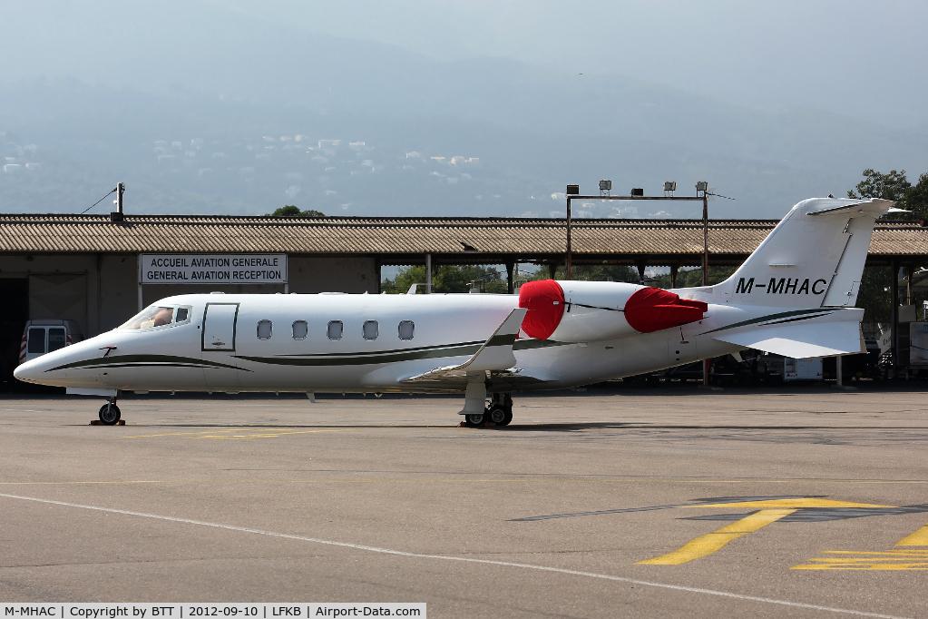 M-MHAC, 2007 Learjet 60 C/N 326, Parking