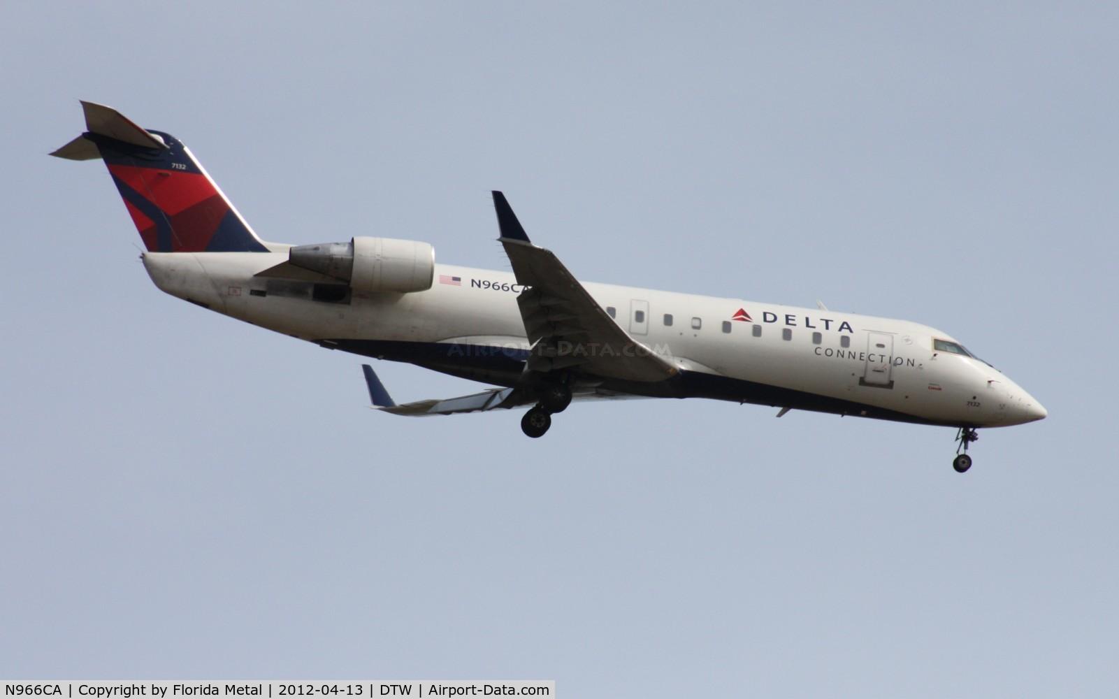 N966CA, 1996 Canadair CRJ-100ER (CL-600-2B19) C/N 7132, Comair CRJ