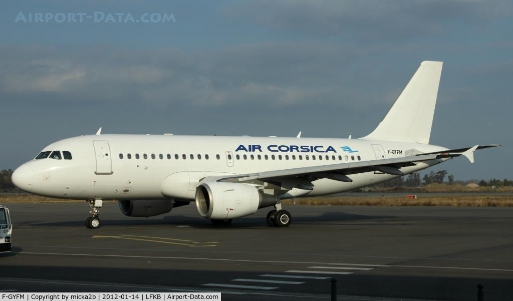 F-GYFM, 1999 Airbus A319-112 C/N 1068, Parked