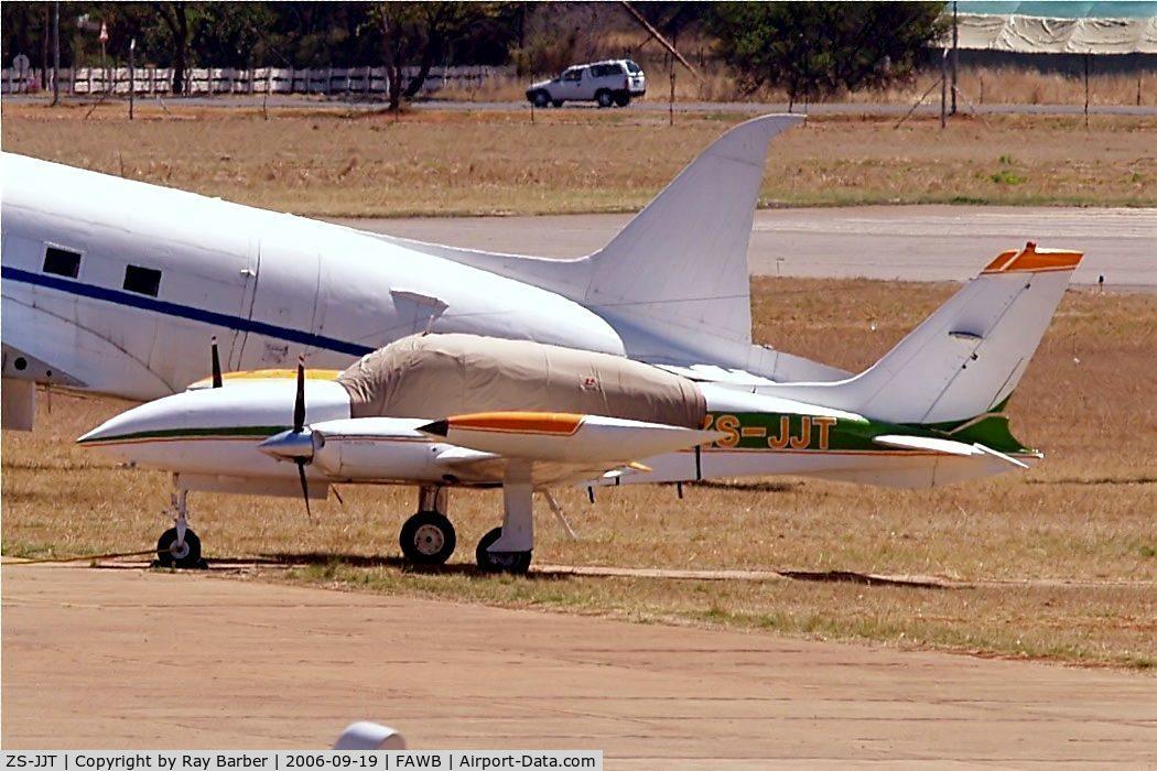 ZS-JJT, Cessna 310R C/N 310R0147, Cessna 310R [310R-0147] Wonderboom~ZS 19/09/2006