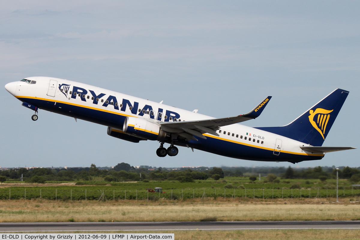 EI-DLD, 2005 Boeing 737-8AS C/N 33825, RYR68D taking off rwy 33 to Charleroi