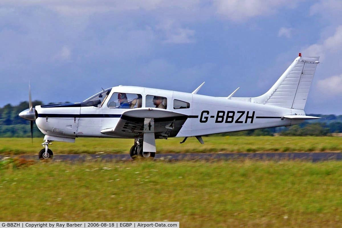 G-BBZH, 1973 Piper PA-28R-200-2 Cherokee Arrow II C/N 28R-7435102, Piper PA-28R-200 Cherokee Arrow ll,[28R-7435102] Kemble~G 18/08/2006