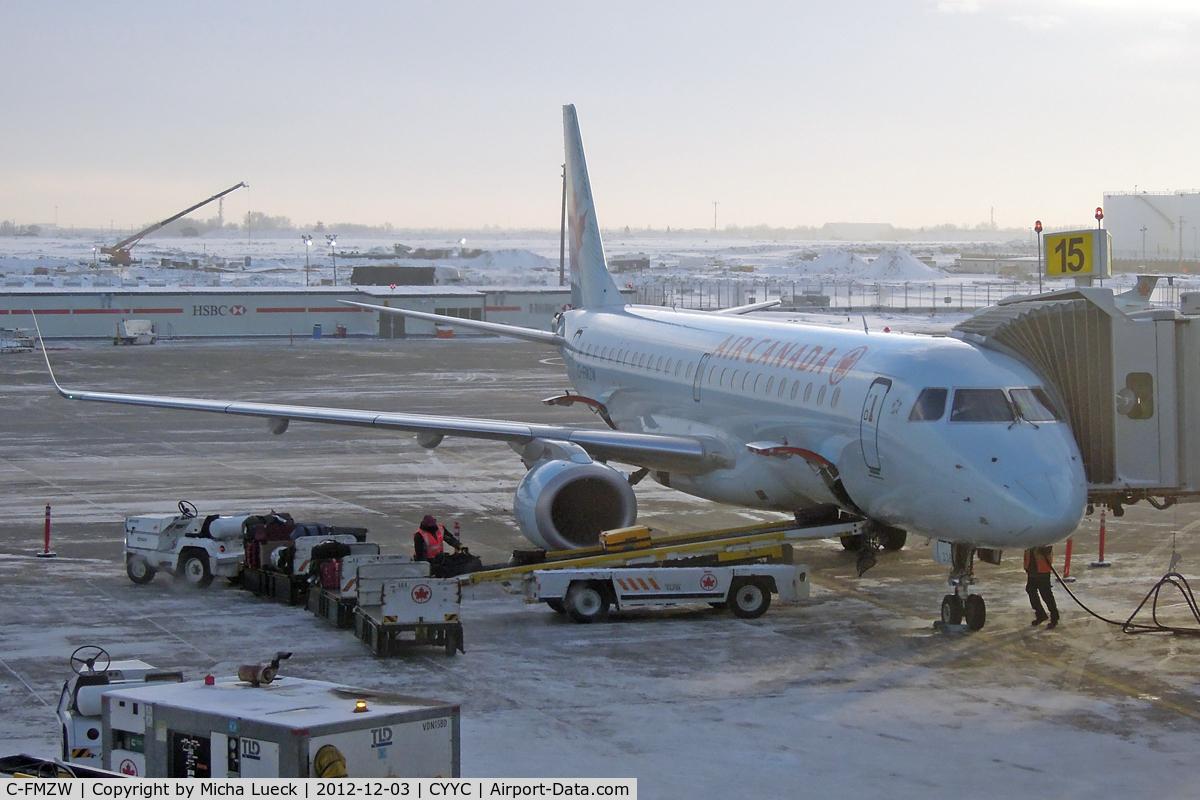 C-FMZW, 2007 Embraer 190AR (ERJ-190-100IGW) C/N 19000124, At Calgary