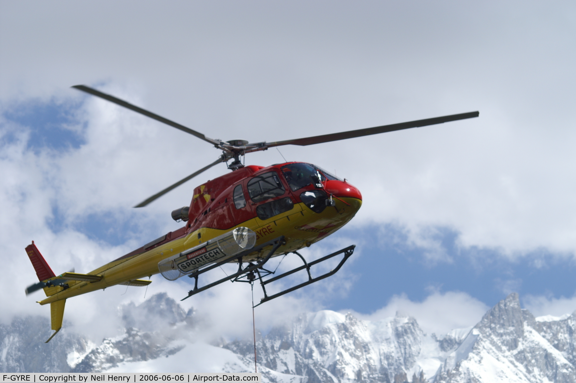 F-GYRE, Eurocopter AS-350B-3 Ecureuil C/N 3818, Rescue helicopter on training exercise over the Mer de Glace (glacier),  near Chamonix, France