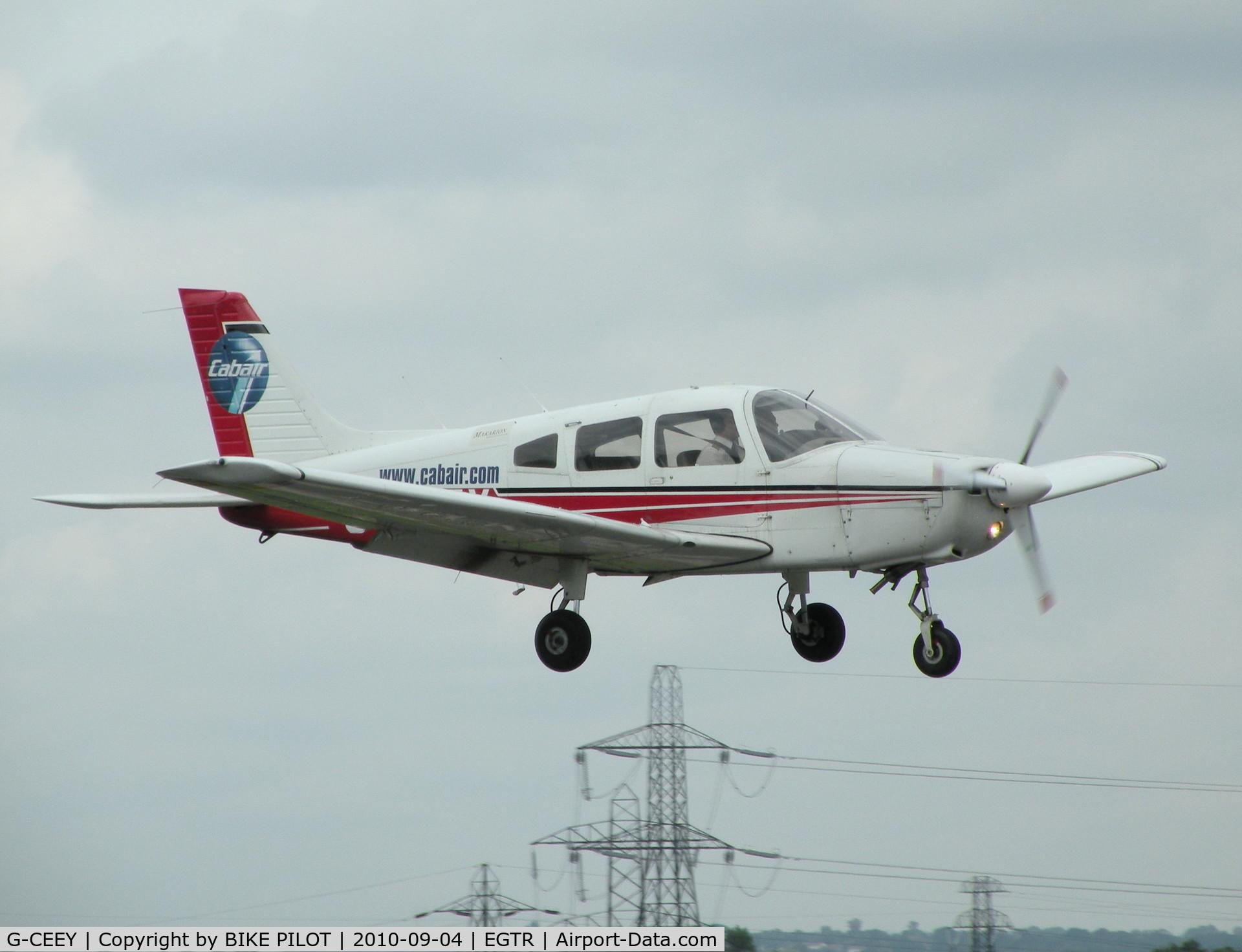 G-CEEY, 2002 Piper PA-28-161 Warrior III C/N 2842168, Cabair Warrior on finals rwy 08