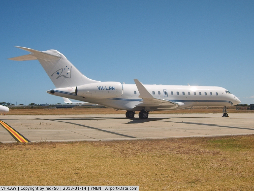 VH-LAW, 2008 Bombardier BD-700-1A10 Global Express XRS C/N 9299, VH-LAW at Essendon