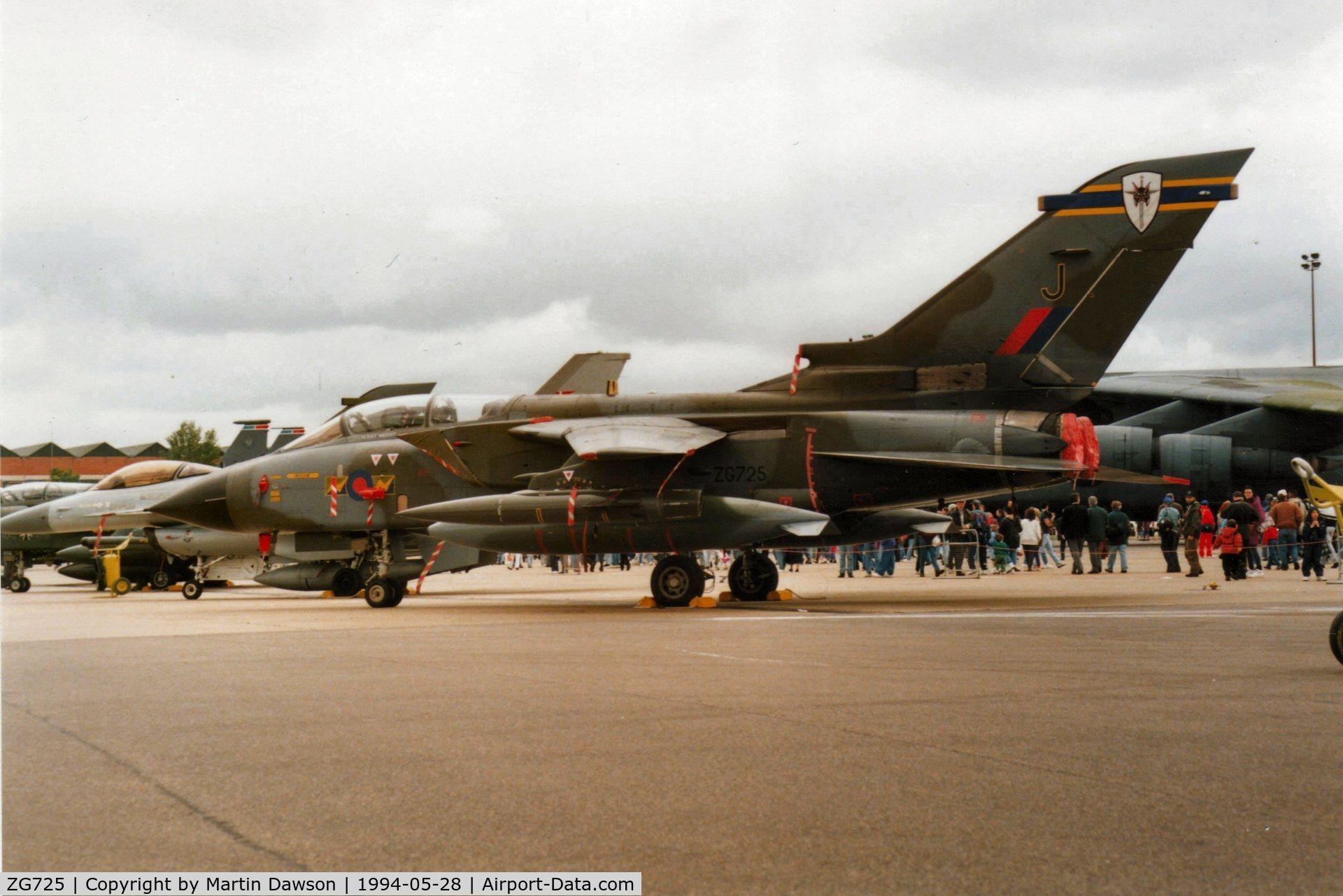 ZG725, 1990 Panavia Tornado GR.1A C/N 828/BS182/3399, RAF Mildenhall Saturday 28 May 1994. ZG725/J RAF No.13 Sqn, RAF Marham. Camera- Olympus OM-2n