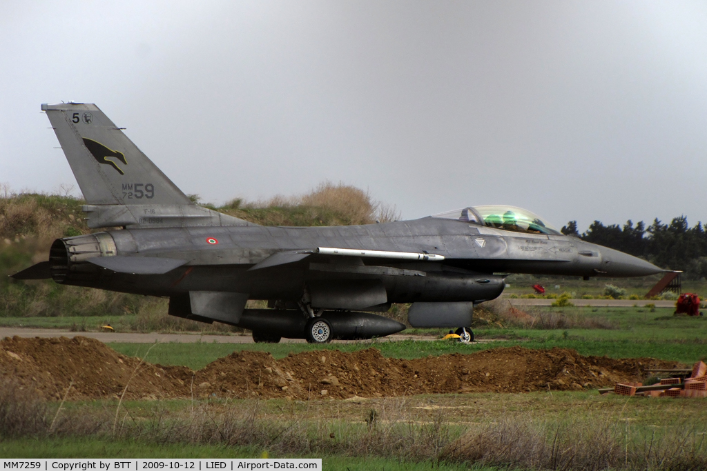 MM7259, General Dynamics F-16A-15CF/ADF Fighting Falcon C/N M22-24/61-577, Taxiing