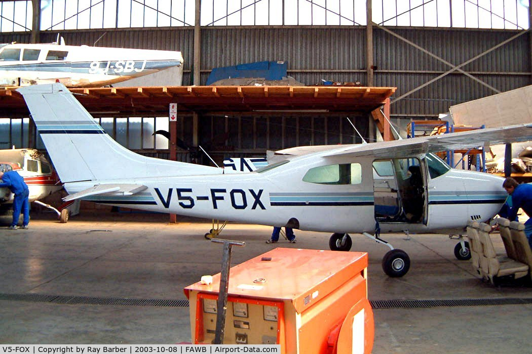 V5-FOX, Cessna T210N Turbo Centurion C/N 21064168, Cessna T.210N Turbo Centurion [210-64168] Pretoria-Wonderboom~ZS 08/10/2003. This has been registered twice as this and for the 3rd time ZS-MKM which it is currently.