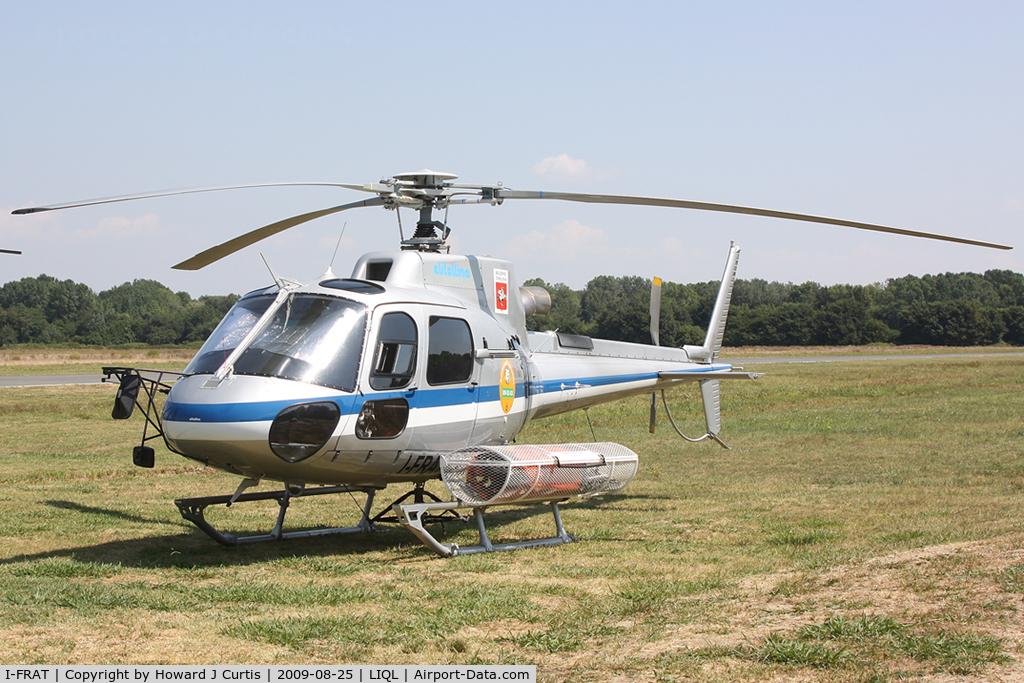 I-FRAT, Eurocopter AS-350B-3 Ecureuil C/N 4720, Resting between fire fighting duties.